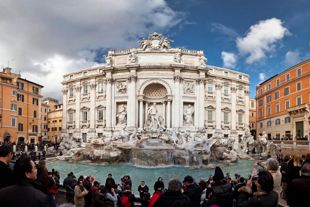 Photographie de la fontaine de Trevi, Rome.