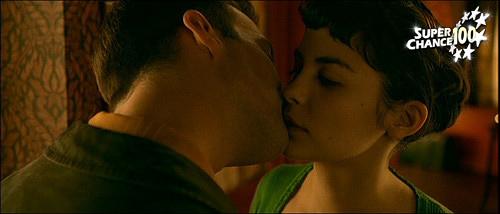 Extrait du film Le Fabuleux Destin d'Amélie Poulain où les deux protagonistes principaux s'embrassent.
