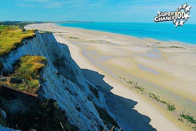Photographie d'une plage sur la côte d'Opale.