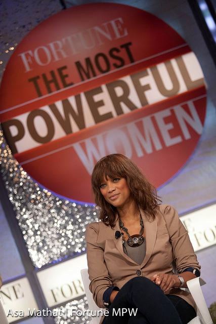 Tyra Banks en conférence pour Fortune, la femme la plus puissante.