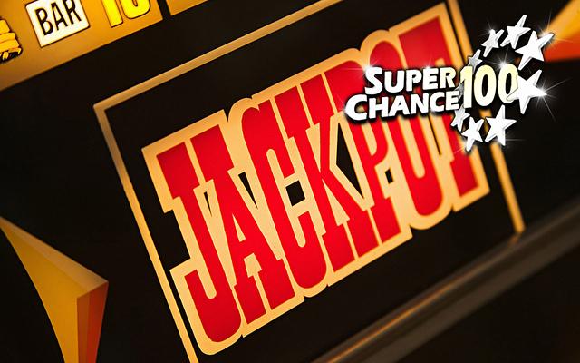 Photographie d'une machine à sous avec un gros plan sur le mot jackpot.