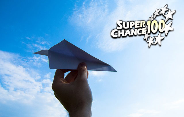 Avion en papier.