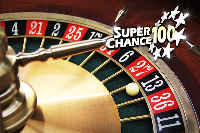Roulette d'un jeu de hasard arrêtée sur le numéro 13.
