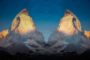 Une montagne en double.